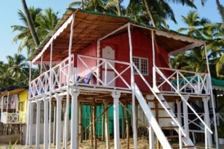 Cuba Goa предлагает размещение в пляжных домиках с выходом на море в Палолем, Гоа, пляжные коттеджи в Южном Гоа