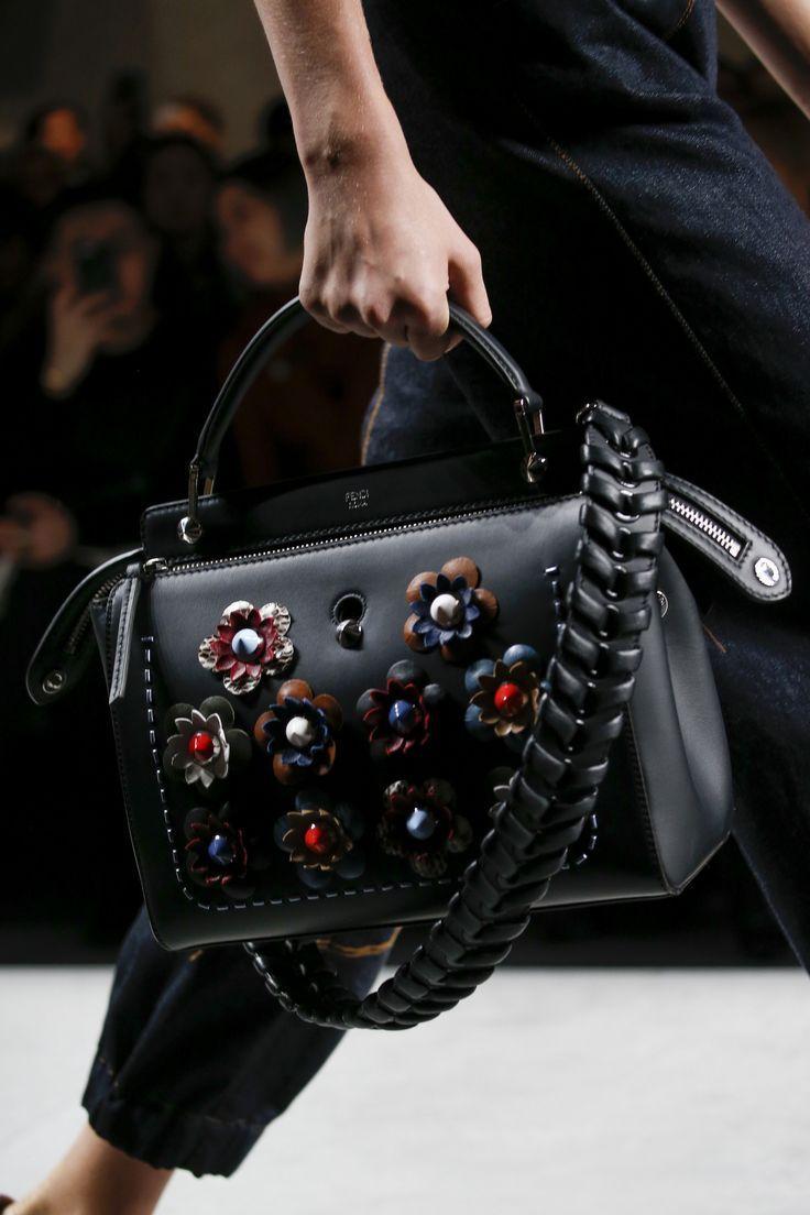 stunning handbags designer prada 2017 fashion bags 2018   Sac à main de  luxe   Pinterest   Luxe, Sac et Mains 1090ec67850