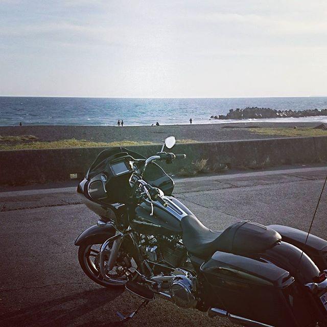 【rain_heavily】さんのInstagramをピンしています。 《慣らし運転の旅  #motorcycle#harleydavidson#harleydavidsonmotorcycles#bikerlife#biker#bike #ハーレー#ロードグライド#ロードグライドスペシャル#ミルウォーキーエイト#MilwaukeeEight#FLTRXS#riders#harley#bikergram#harleygram#instagood#Tourer#touring#俺のバイク#bagger#hd#納車#baggerstyle#海》