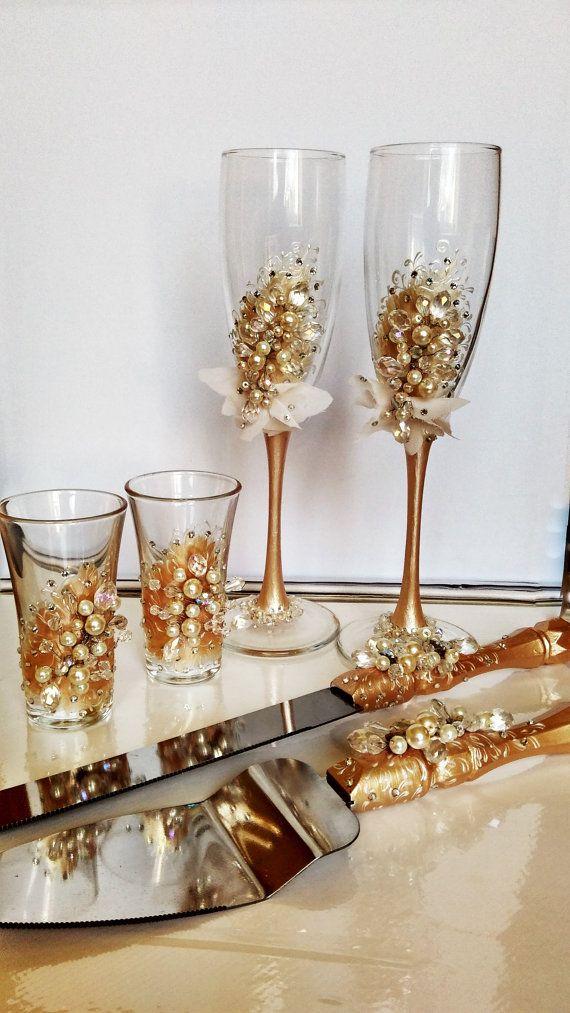 Personalized wedding flutes and cake server set shot glasses wedding champagne pahare de - Unusual champagne flutes ...