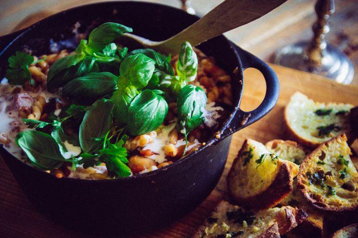 Pastagryta med tomat och aubergine
