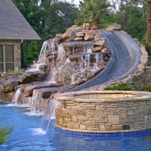 Beau Waterslide, Hottub And Pool! Waterfall And Beautiful Backyard Brick