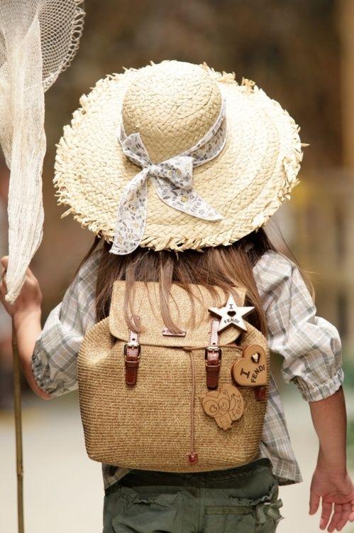 .: Girls Fish, Fashion Kids, For Kids, Fashion Plates, Kids Fashion, Kids Photos, Travel Backpacks, Children Clothing, Kids Clothing