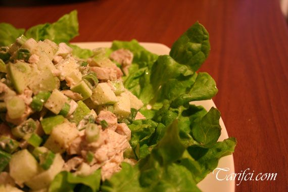 yeşil-elmalı-tavuklu-salata