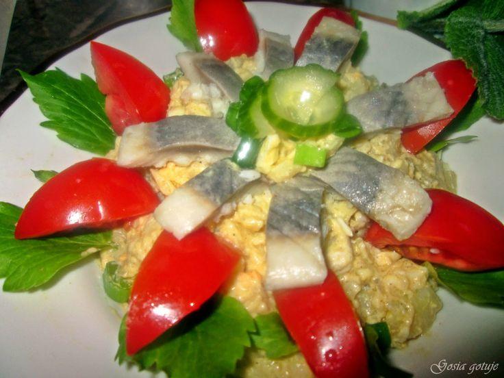 Gosia gotuje...: Sałatka śląska ze śledziem
