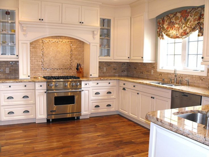Kentwood floors acacia natural studio kitchen for Acacia wood kitchen cabinets