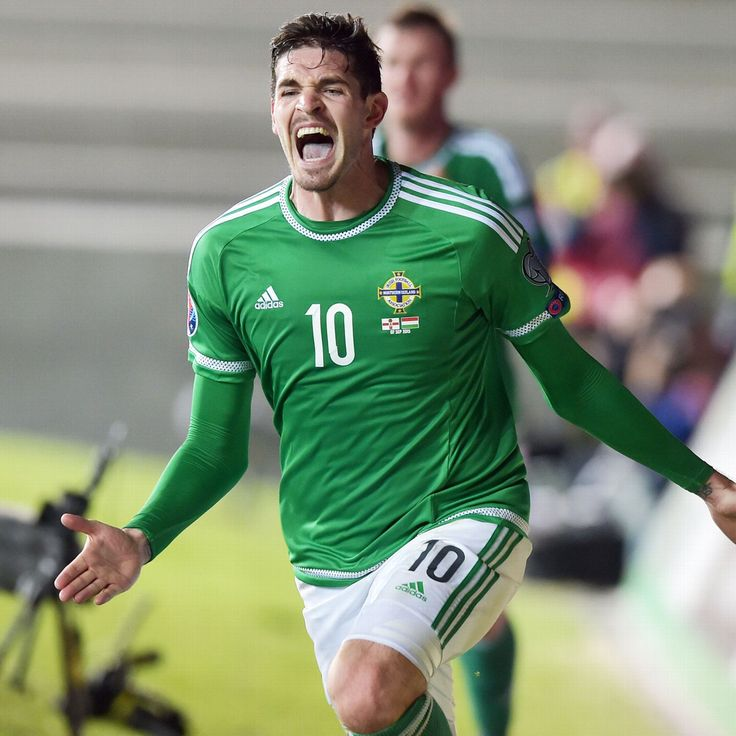 Kyle Lafferty and Robert Lewandowski carry nations' hopes on their shoulders