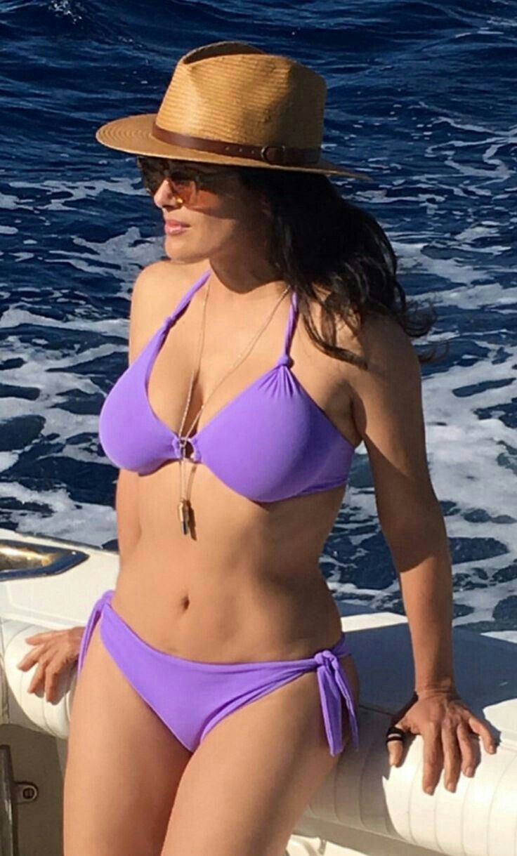 Bikini Salma Hayek naked (44 photo), Pussy, Cleavage, Feet, cleavage 2015