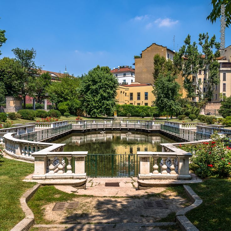 Giardino della Guastalla | Milano (MI) - Italia ################################### Dopo tanto camminare per le vie di #milano qualche minuto di #relax nel #parcodellaguastalla è ciò che ci vuole.  #fotoinviaggio #nofilter #europa #europe #italia #italy #lombardia #milan #turismomilano #turismo #turismointerno #davedere #davedereamilano #parco #giardino #giardinodellaguastalla #nikonitalia #nikonphotography #nikon #nikond610 #d610 #lightroom