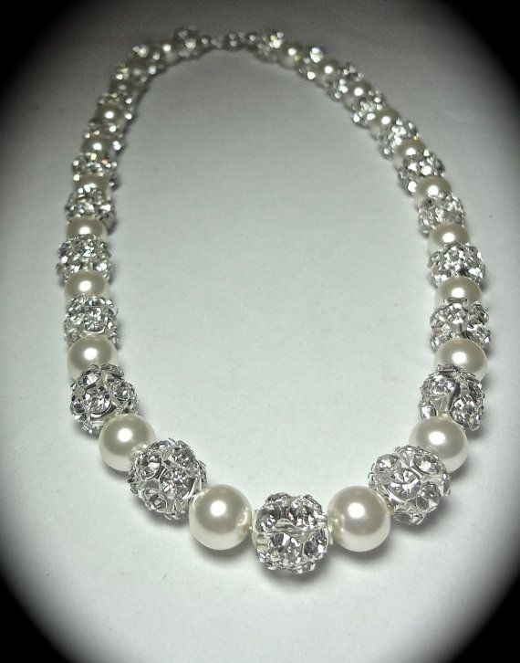 26 na pinakamagandang larawan ng pearl jewellery sa pinterest swarovski pearl and crystal necklace brides pearl necklace brides wedding bridal necklace jewelry mother of the bride bridesmaids bling aloadofball
