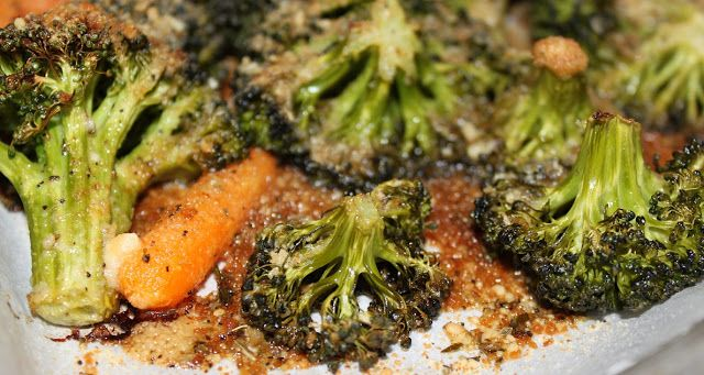 What's Cookin' Italian Style Cuisine: Roasted Broccoli and Carrots with Garlic