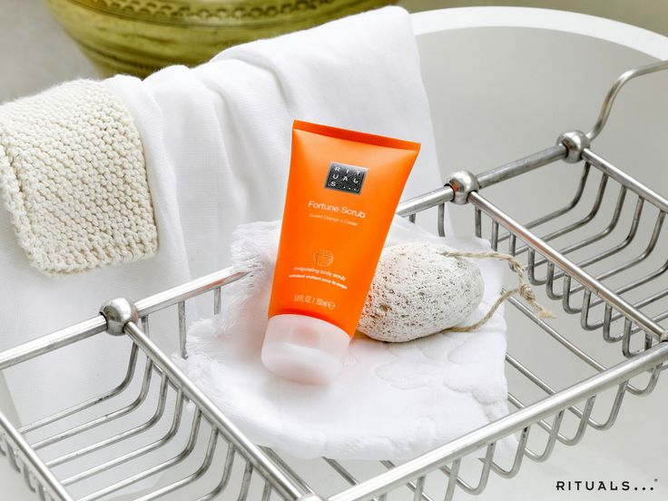 Our Fortune Scrub is ideal for use as a 2-in-1 shower product; it scrubs and cleanses the skin simultaneously.