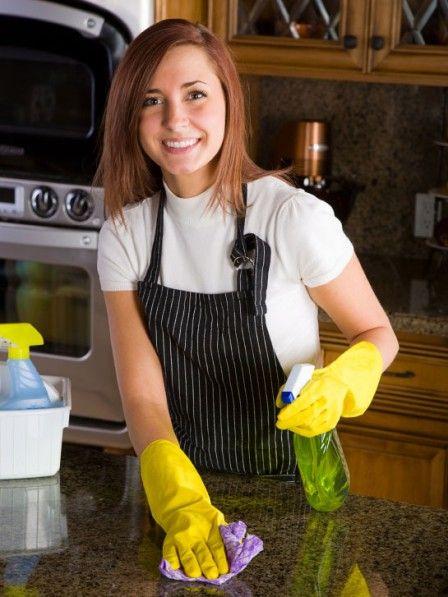 Sie putzen regelmäßig, doch bei einigen Verschmutzungen wissen Sie einfach nicht weiter? Dann helfen Ihnen diese Tipps für einen sauberen Haushalt ganz bestimmt.