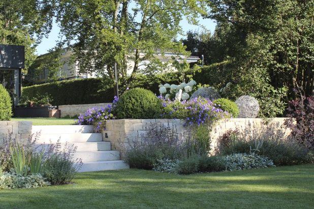 Privatgarten auf zwei Ebenen in Gräfelfing