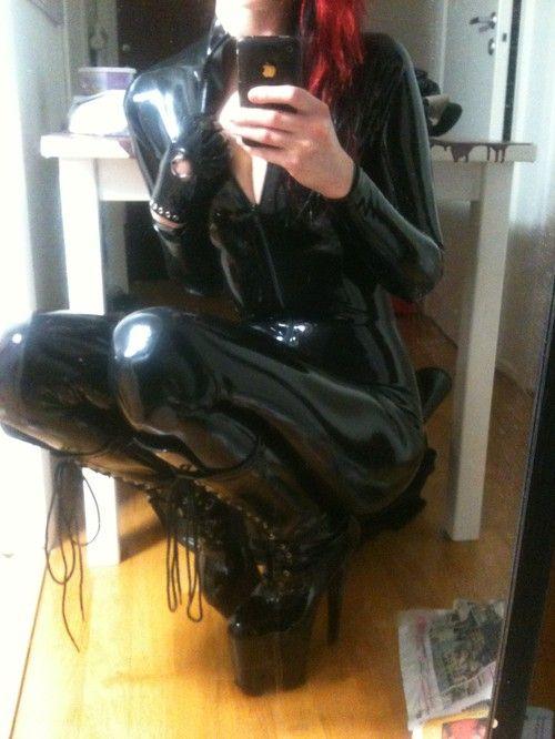 Starfucked Latex catsuit selfshot   Latex selfies