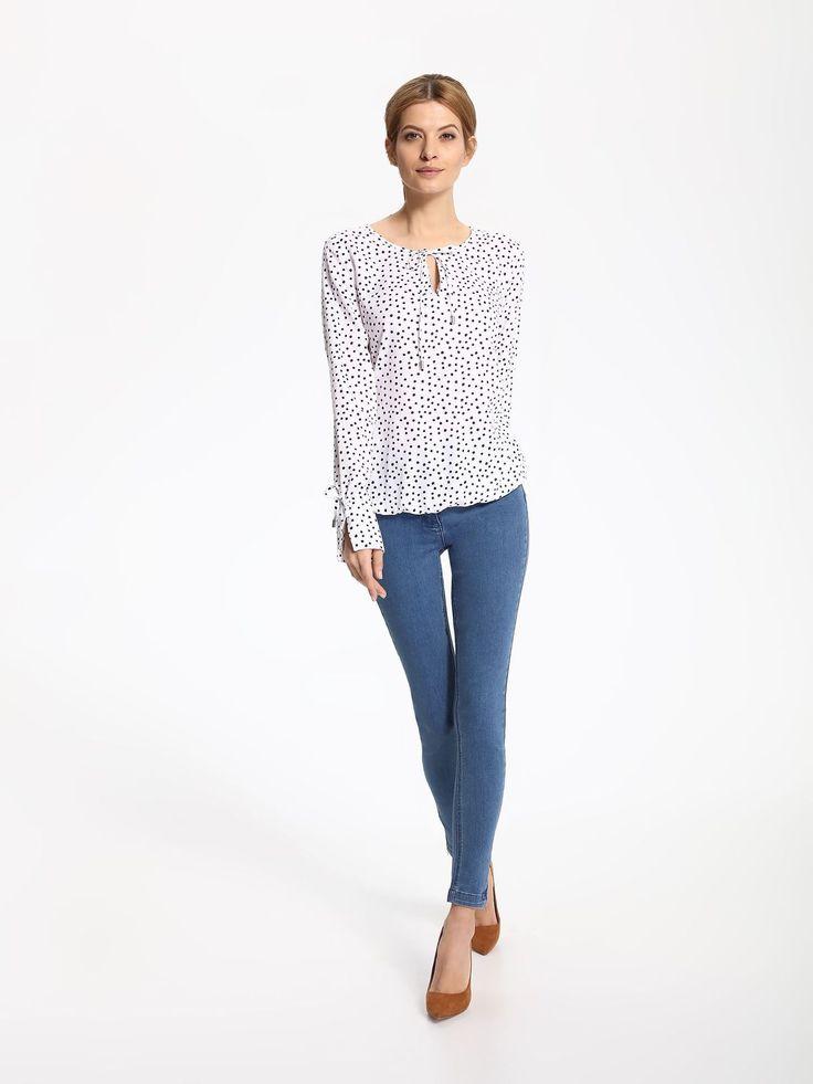 Comanda online, Bluza dama din material vaporos Top Secret alba cu imprimeuri cu buline. Articole masurate, calitate garantata!
