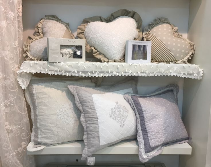 121 best Camera Shabby Chic images on Pinterest   Bedroom ideas ...