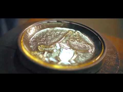 Muumi lasilautasten valmistus, Muurla - YouTube