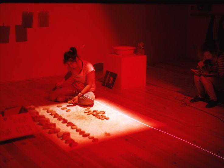 instalace a performance Milostné dopisy/Love letters instalation and performance by Tereza Černá