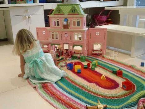 PUERTA AL SUR: Alfombras tejidas a crochet... Dando color a los pisos