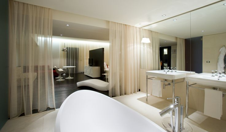#Nhow #Milan #suite #hotelroom #bath