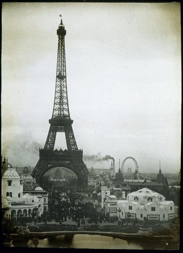 L' Exposition Internationale est une foire du monde tenue en France