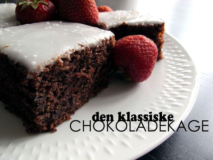 I får lige opskriften på den gode og helt almindelige chokoladekage. Opskriften har jeg brugt i flere år og slår