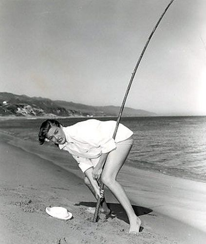 58 best images about surf fishing on pinterest surf for Surf fishing tackle