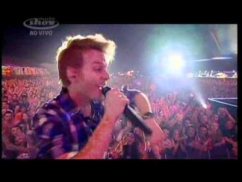Michel Telo Ai se eu te pego(Oh! if I catch you) live in Brazil Planeta atlantida RS 2012
