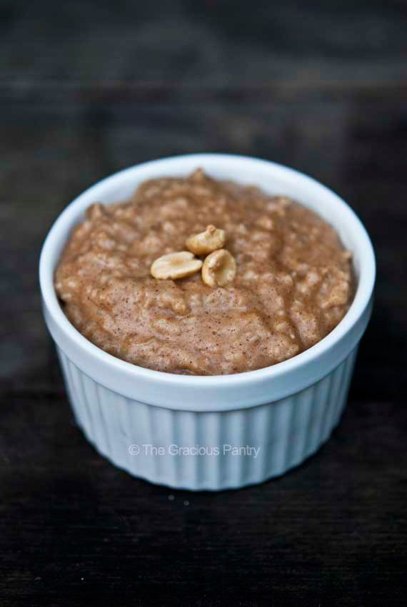 Clean Eating Peanut Butter Oatmeal Recipe ~ https://www.thegraciouspantry.com
