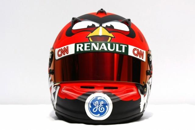 Heikki Kovalainen vai correr a temporada 2012 com o capacete do Angry Birds.