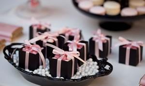 Festa rosa e  preto