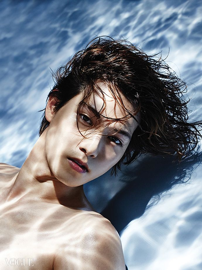 Lee Jong Hyun - Vogue Korea, September 2014 Issue