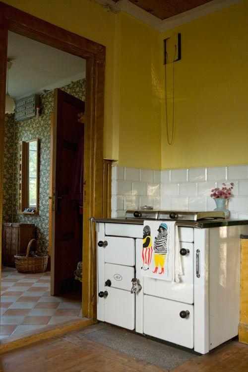 Vintage Yellow Country Kitchen 145 best retro & vintage kitchens images on pinterest | kitchen