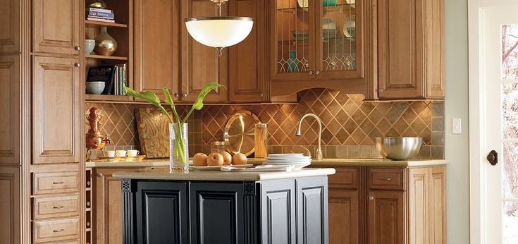 discount thomasville kitchen cabinets plaza maple palomino glaze with heirloom black paint by 6770