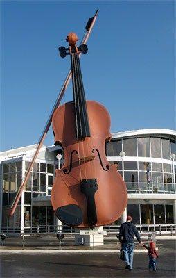 Giant Fiddle, Sydney, NS