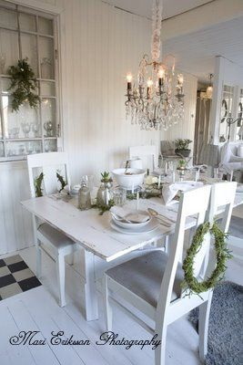 christmas table setting from Johanna Flyckt's dining room