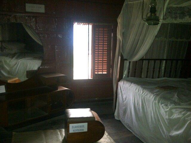 Batavia room old style