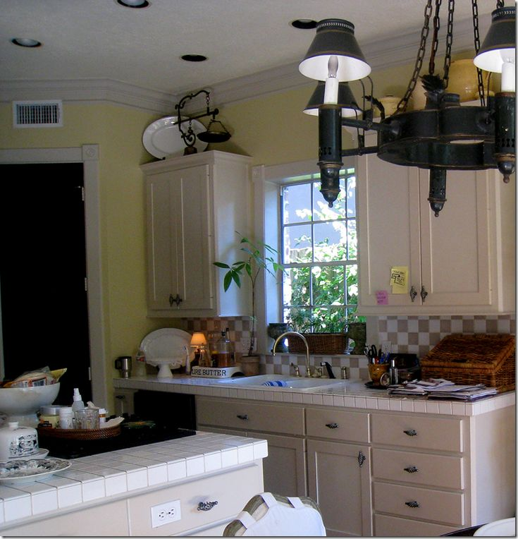 25 Best Ideas About Yellow Kitchen Walls On Pinterest: Best 25+ Light Yellow Walls Ideas On Pinterest