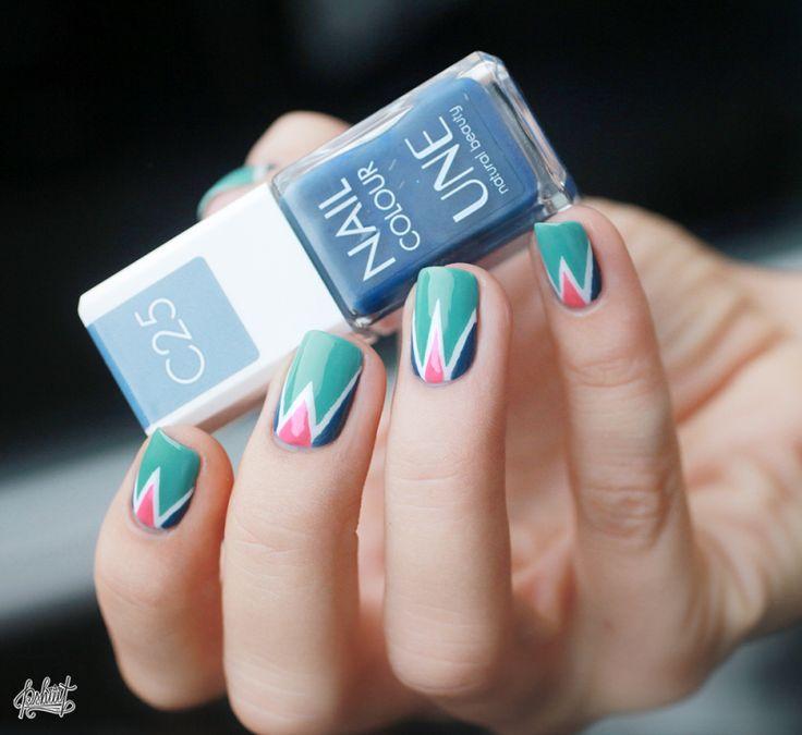 Retour aux sources ! // Tuto Nail art Triangle menthe, corail, et bleu jean