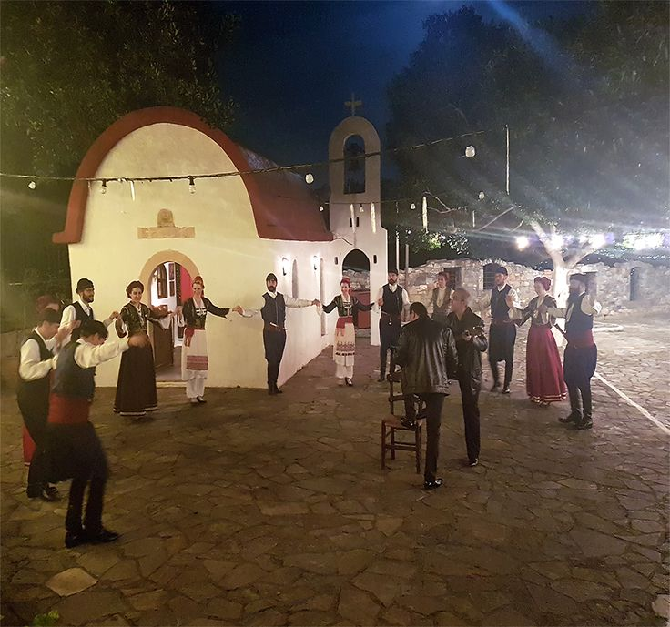 The traditional Cretan music and Cretan dances are directly connected with the spirit and social life of Cretans,  from antiquity until nowadays! :) A perfect way to learn about cretan tradition, is to visit our village!👈 Make your reservation here: 0030-2810821050 or send a message here: reservations@arolithos.com #arolithosvillage #stillholiday #holidayincrete #bestplace #nature #traditions #cretandancers #wonderfulweather #relaxation #accomodation #traditionalrooms #traditionalvillage…
