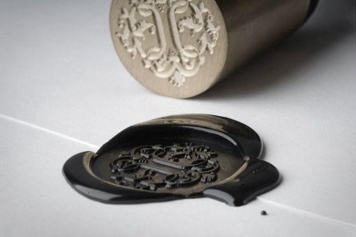 wax seals. very underused.