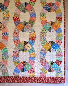 Ivan and Lucy: Chain Link Quilt Finished!!: