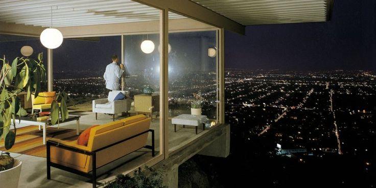 CSH # 22 (1959-60), Pierre Koenig, Stahl House, 1635 Woods Drive, West Hollywood © Julius Shulman. Case Study Houses. TASCHEN Books (TASCHEN 25 Edition)