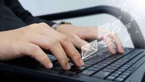 Come inviare e-mail anonime per proteggere la privacy Con l'aumentare dell'invasivita` di e-mail commerciali, malware e vero e proprio spam, le caselle di posta elettronica stanno diventando sempre piu` affollate ed allo stesso tempo un pericolo per la  #email