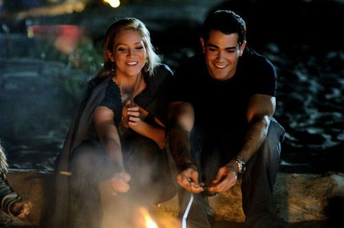 cute smiles :)  (John Tucker Must Die)
