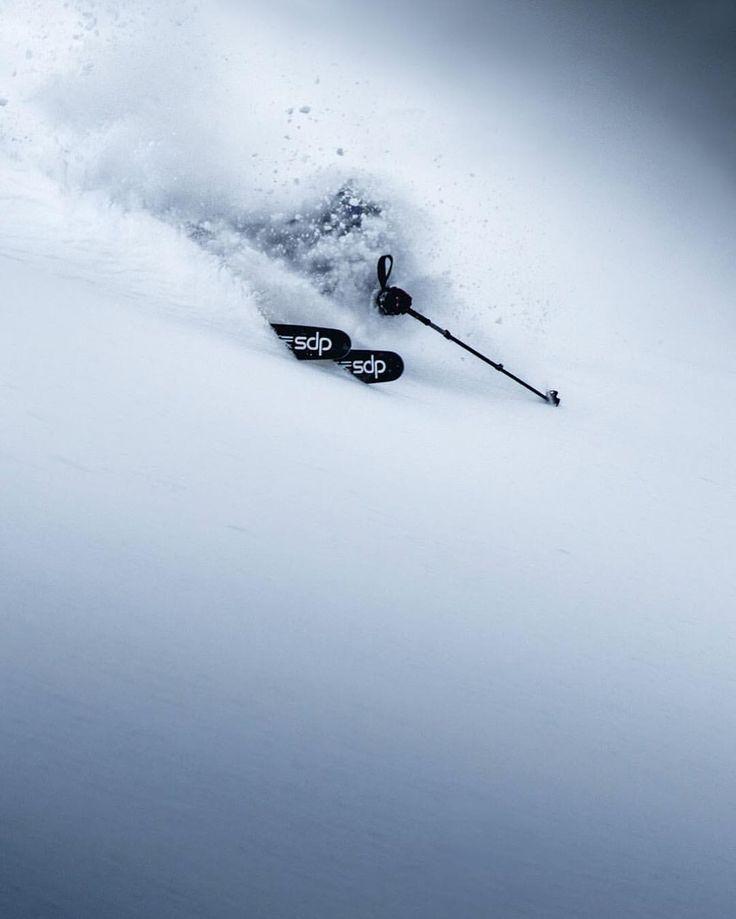 いいね!2,658件、コメント40件 ― DPS Skisさん(@dpsskis)のInstagramアカウント: 「Yes, December was that good in Austria. Five-feet in a single week. Mountain Ambassador, Fabian…」