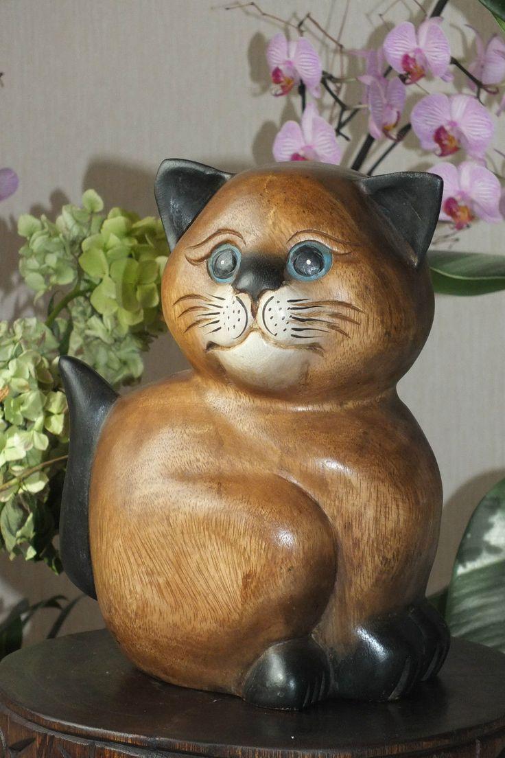 Кошка с голубыми глазами глаз в вашем доме очень высокое качество, красивые природные зерна древесины рука вырезана из акации Тайский (Твердая, тяжелая древесина из северных районов Таиланда) около 20 см в ширину, 26 см в высоту, ручная работа