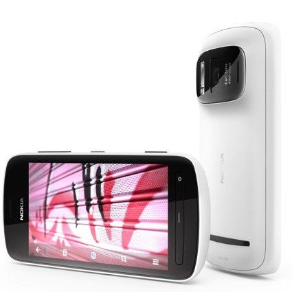 Nokia 808 with a 41MP camera and Symbian Belle! Honestly they made me think again about the mobile OS future!