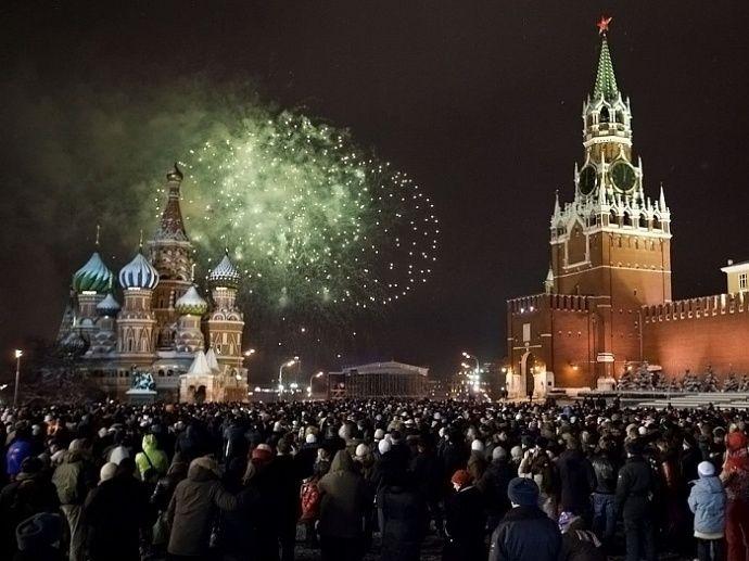Идет подготовка к детским новогодним праздникам в Москве
